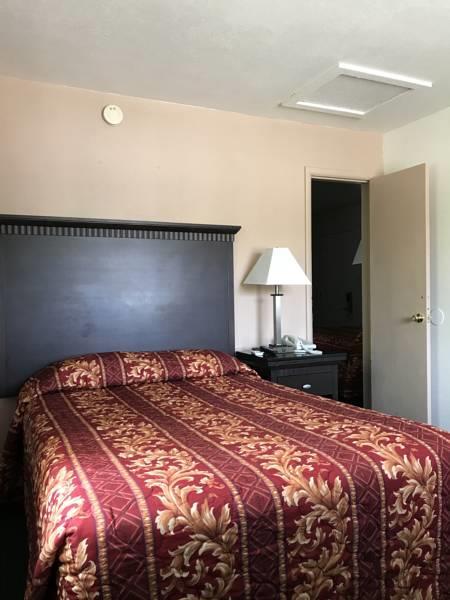 Family Room use_20180520-12492532.jpg