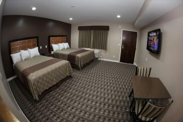 double bed_20160315-02523656.JPG