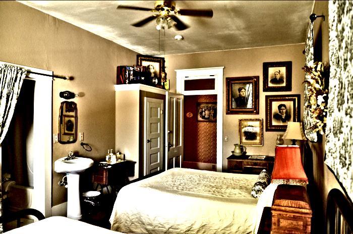 Room 10 enhanced_20170220-13370853.jpg