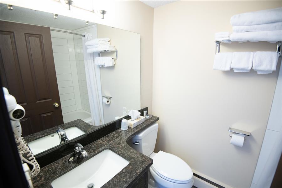 Bathroom_20200105-17202870.jpg