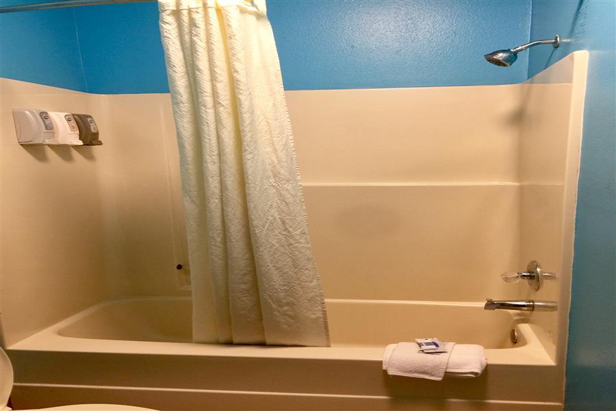 Bath Shower_20180227-22592316.JPG