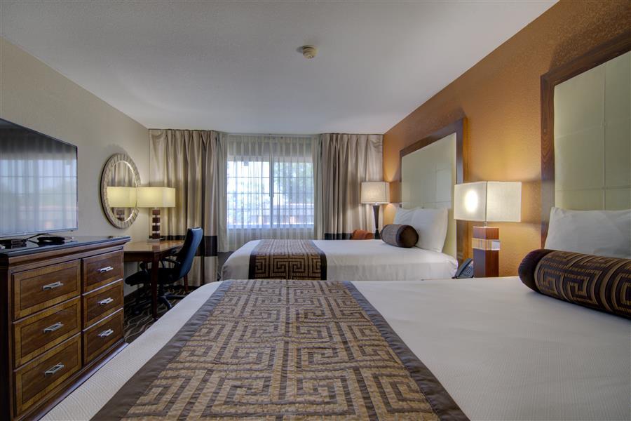 top hotels near centerville iowa-min_20180605-15210706.jpg