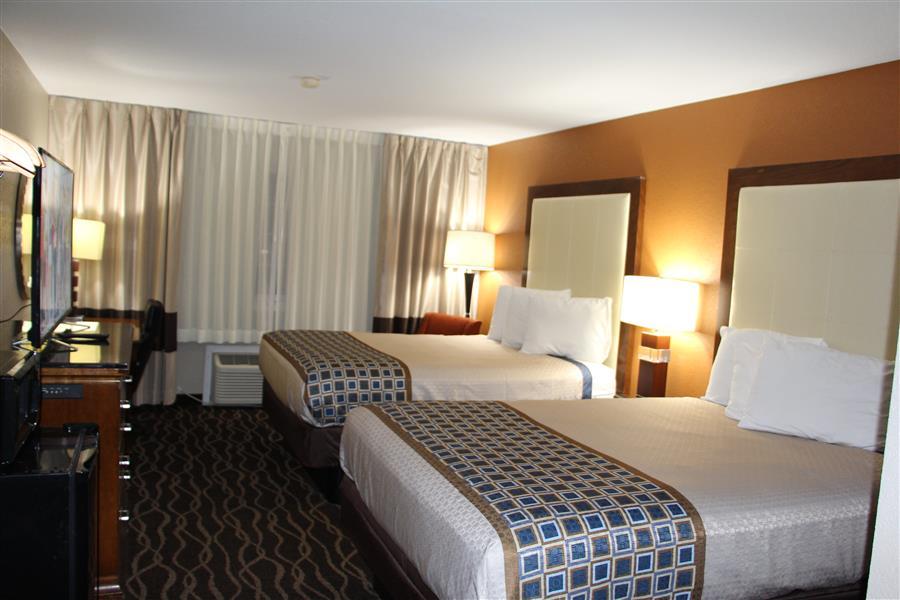 Best Lodge in Centerville Ia 52544 - westbridge inn and suites-min_20180220-15042316.JPG