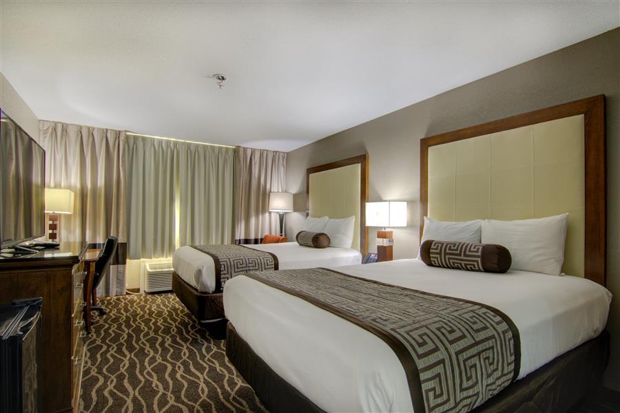 Top Hotel near Centerville Iowa - Westbridge Inn and Suites In Centerville Iowa-min_20180605-15184981.jpg