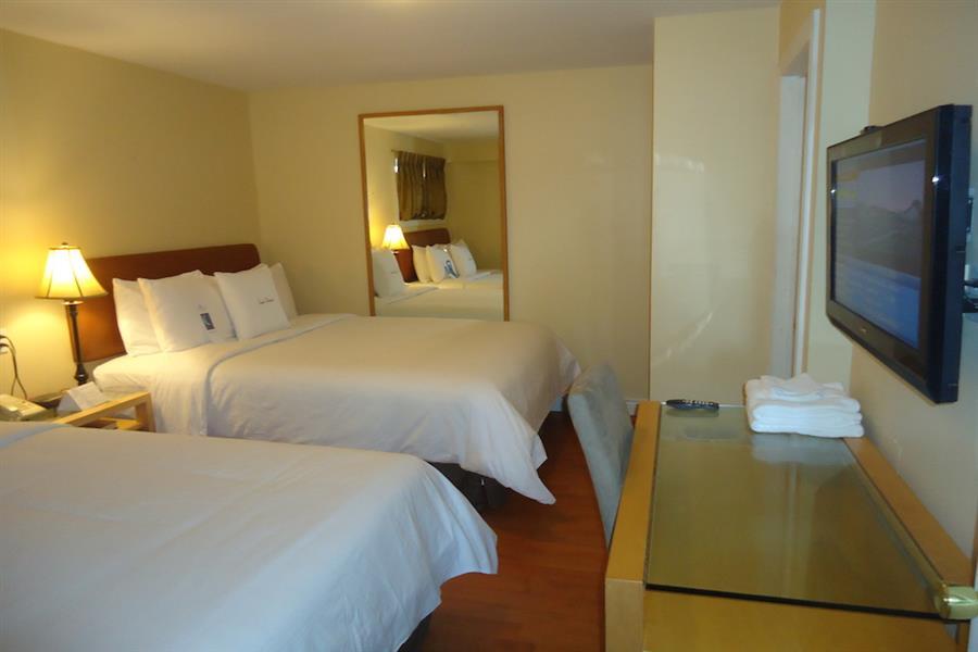 Waterfront One Bedroom Suite (B)_20181005-16533952.JPG