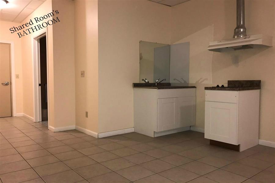 308 Kitchen and Bathroom 1_20170611-07325994.jpg