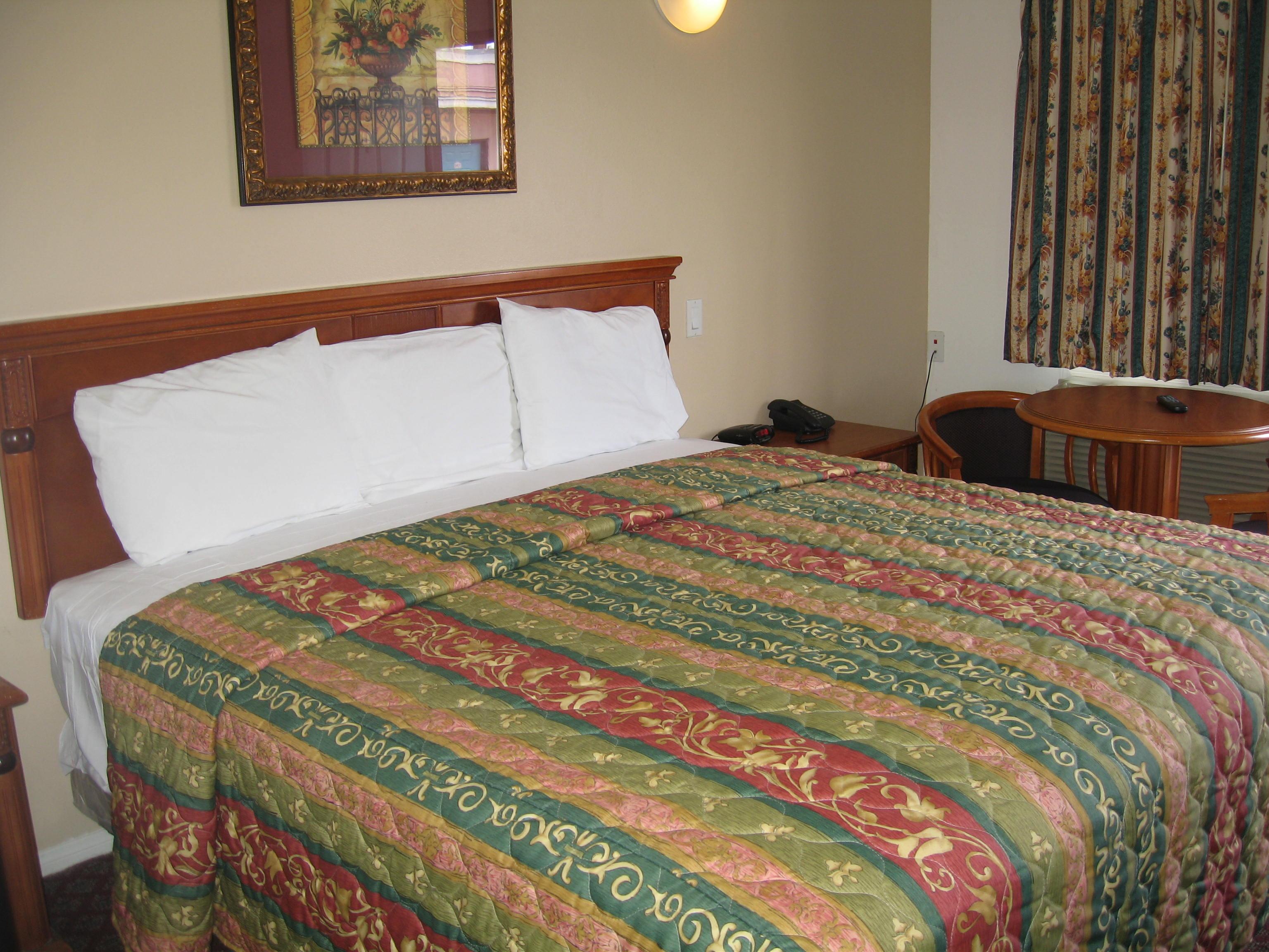 New Motel Pic 004_20140925-11180277.jpg