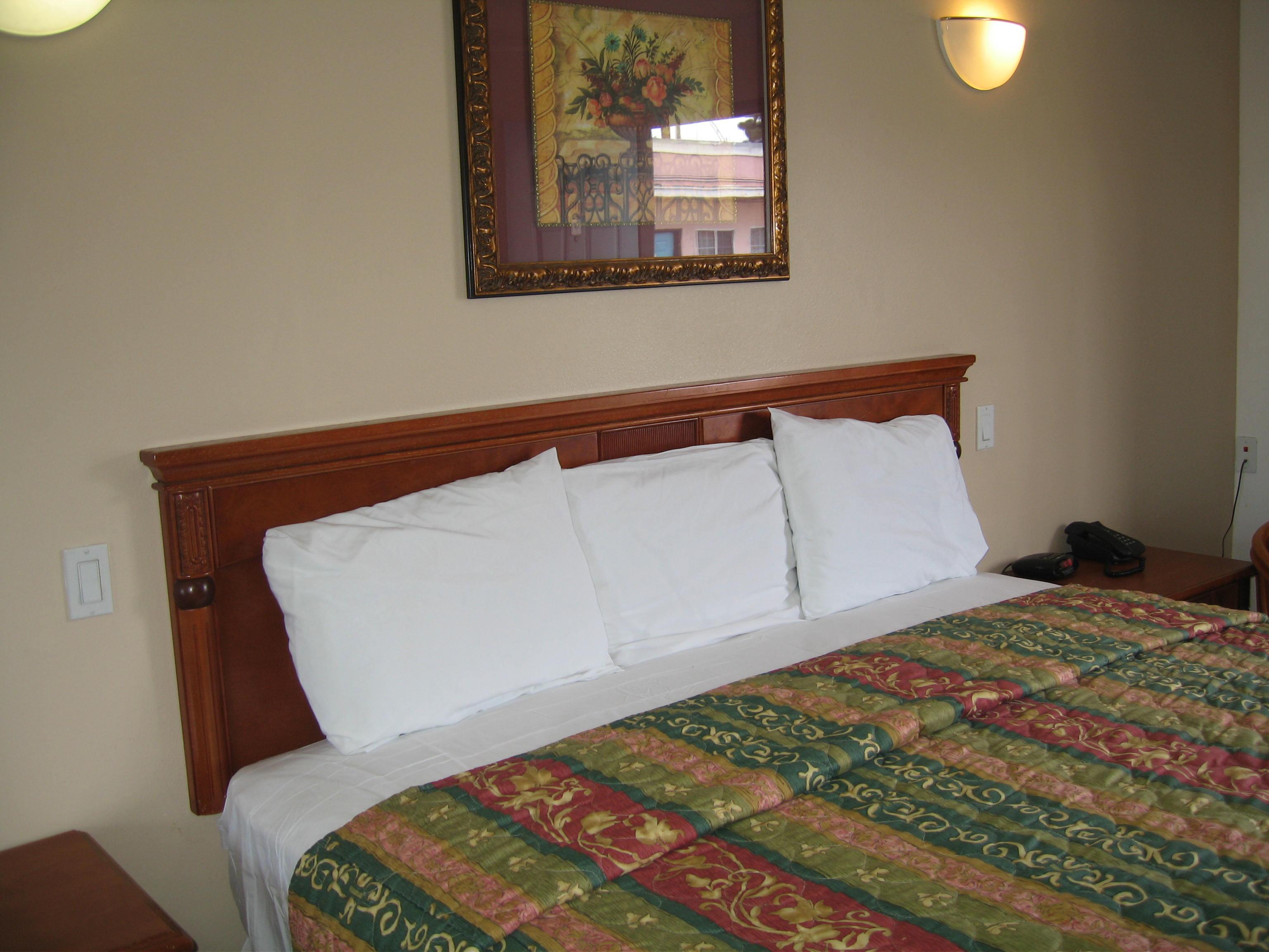 New Motel Pic 005_20140925-11154132.jpg