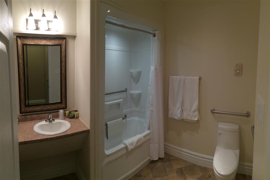QDD washroom_20171127-12233465.JPG