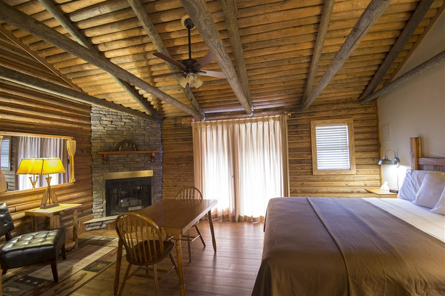Riverfront - Motel Style - Single with Fireplace_20151010-11493587.jpg