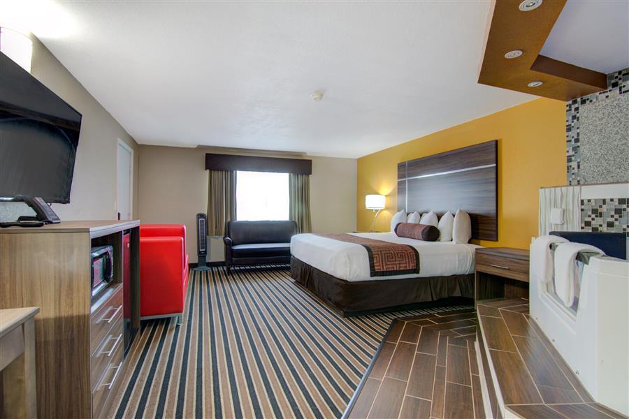 Lodging in clinton mo - westbridge inn and suites cinton mo_20180712-19195449.jpg