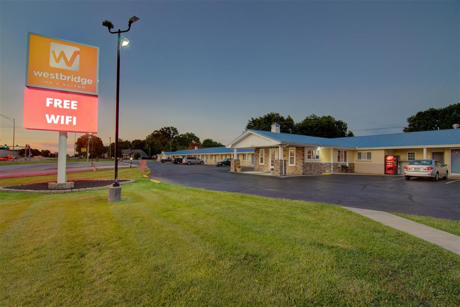 Pet friendly hotel in clinton mo - westbridge inn and suites_20180712-19425756.jpg